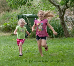 sistersrunning2012